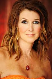 You have to wonder if Dixie Carter is really made for wrestling. Heck, I should have asked her that on the #AskDixie hashtag... (Image courtesy of www.tnasylum.com)