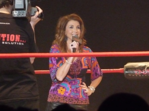 Dixie_Carter_on_the_mic