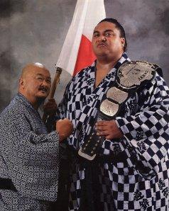 The late Rodney 'Yokozuna' Anoa'i with Mr. Fuji (Image courtesy of wrestlemania-legacy.blogspot.com)