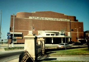 Greenville_Memorial_Auditorium_contrast