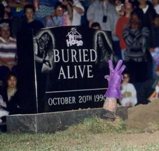 08_Buried-Alive_0002