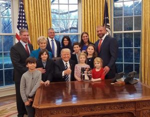 donald-trump-mcmahon-family
