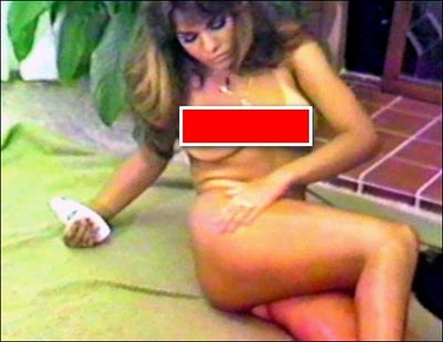 nanct-sullivan-naked-lois-griffin-porn-orgasm